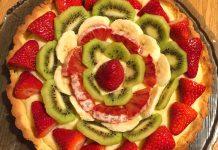 Crostata alla frutta senza glutine con crema pasticcera e frutta fresca