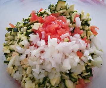 Ingredienti Mini Muffin salati con zucchine senza lievito
