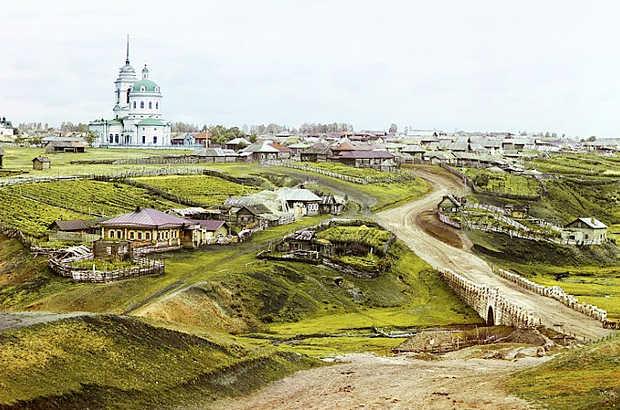 Villaggio di Kolchedan negli Urali, risalente al 1912 di Sergei Prokudin