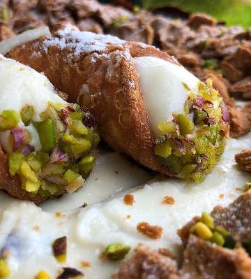 Ingredienti Torta cannolo a Cheesecake fredda con ricotta siciliana e pistacchio