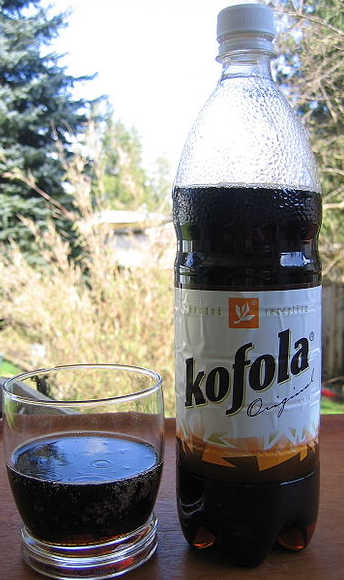 Bicchiere e Bottiglia Kofola