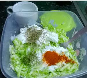 Ingredienti Torta salata di zucchine leggera