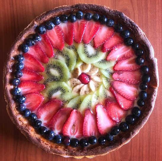 Decorazione della Crostata con la frutta