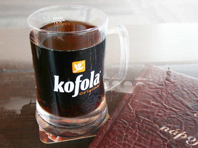 Kofola, la strana bibita nata al di là della Cortina di ferro per competere con la Coca Cola