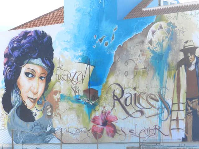 Sex di El niño de las Pinturas a Puerto Street Art