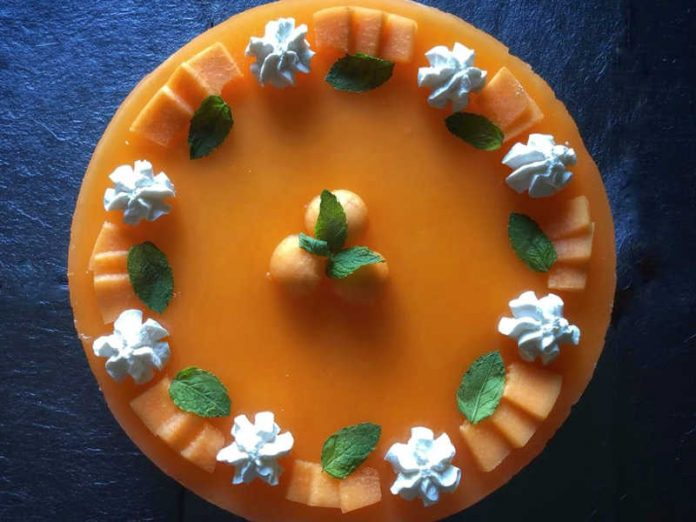 Cheesecake al melone con ricotta mascarpone e panna