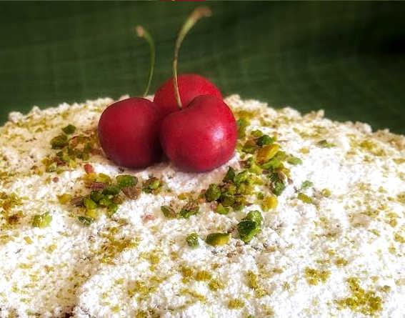 Ingredienti Sbriciolata di ricotta senza cottura e confettura di ciliegie