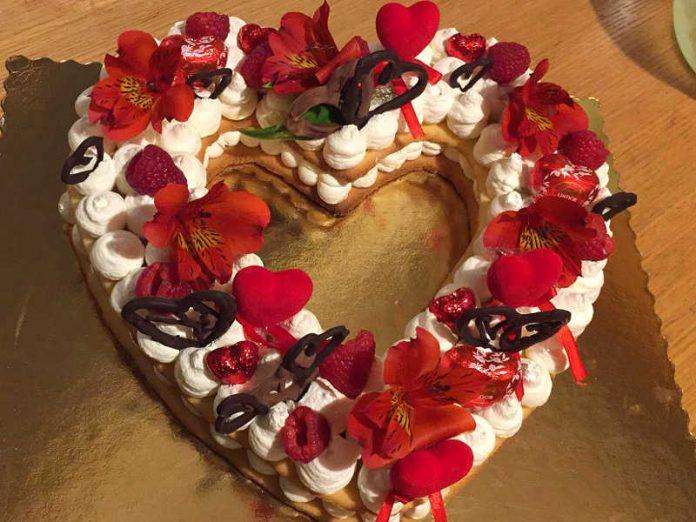Cream Tart a forma di cuore senza glutine e senza lattosio
