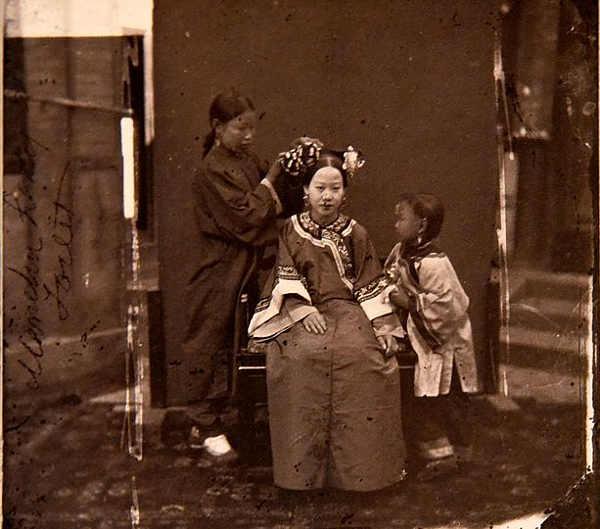 John Thomson fotografia (Manchu lady)