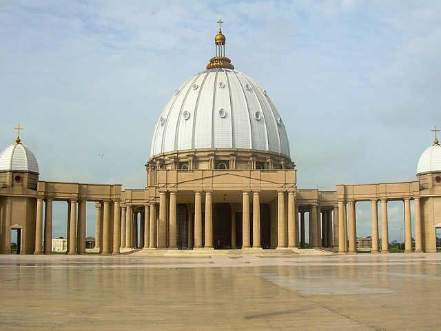 Basilica di Nostra Signora della Pace a Yamoussoukro