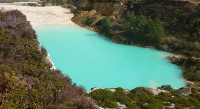 Monte Neme foto per articolo: Selfie pericolosi in ambienti di apparente bellezza