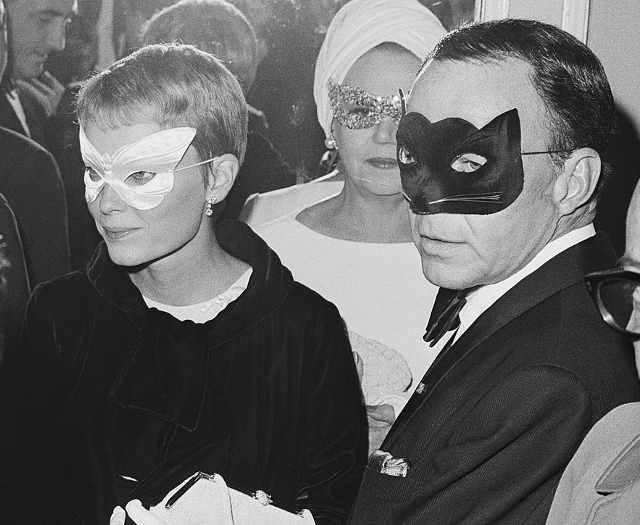 Ballo in bianco e nero di Truman Capote: Mia Farrow e Frank Sinatra