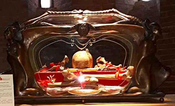 Reliquia di San Silvestro I Papa, patrono di Nonantola