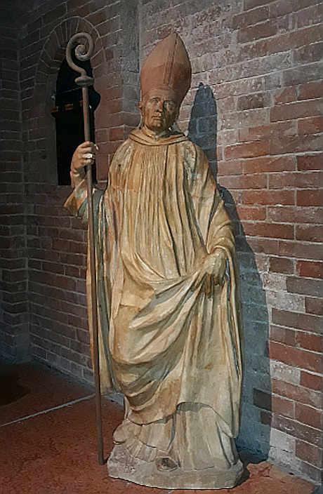 La Statua di San Bernardo di Chiaravalle Nonantola