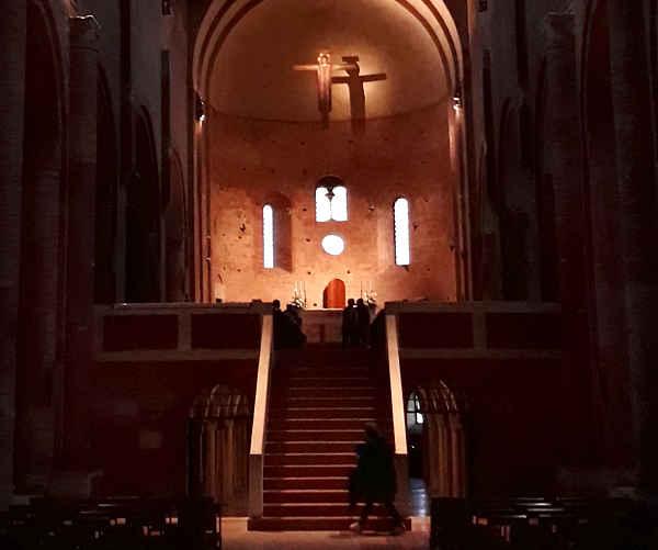 Interno Abbazia di Nonantola, cripta