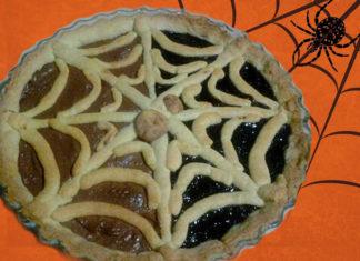 Crostata ragnatela senza glutine per Halloween