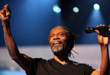 Don't Worry Be Happy di Bobby McFerrin, con video e testo