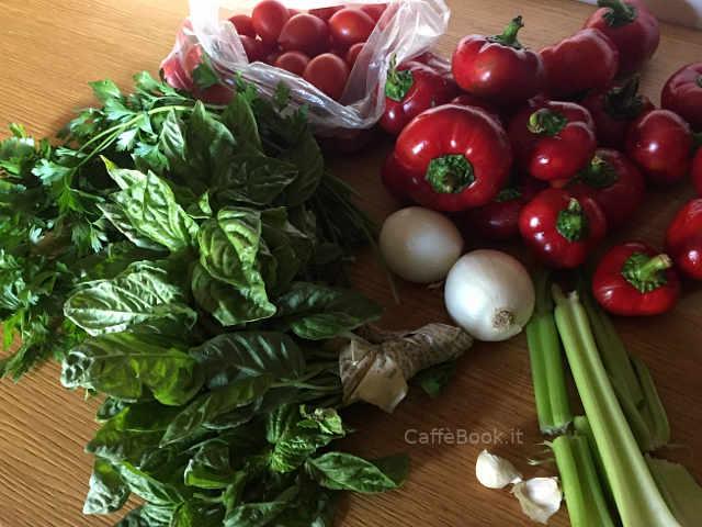 Ingredienti Composta di peperoni rossi tondi ricetta pugliese semplice e buona