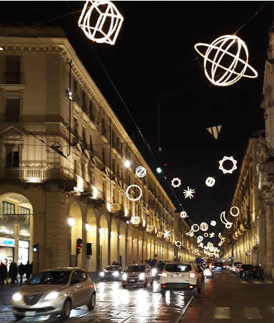 Luci d'artista illuminano Torino: Planetario