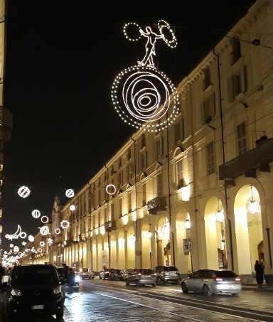 Le Luci d'artista illuminano Torino: Planetario 2