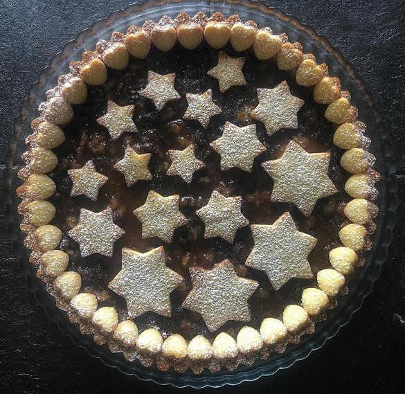 La Crostata di Natale con frutta secca e confettura di fichi
