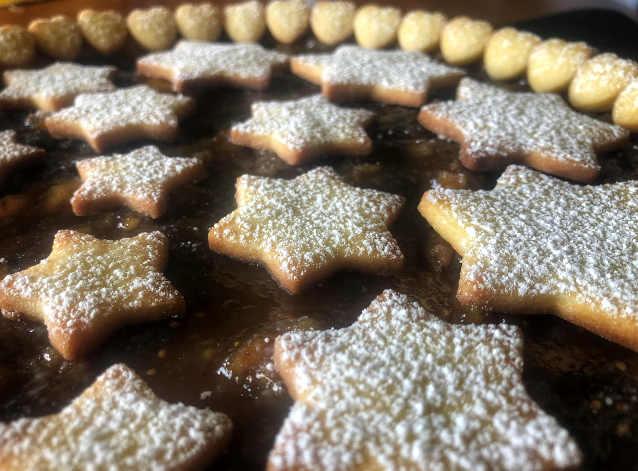 Ingredienti della Crostata di Natale con frutta secca e confettura di fichi