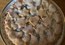 Crostata di Natale senza glutine con confettura di ciliegie