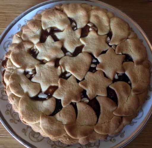 Preparazione Crostata di Natale senza glutine
