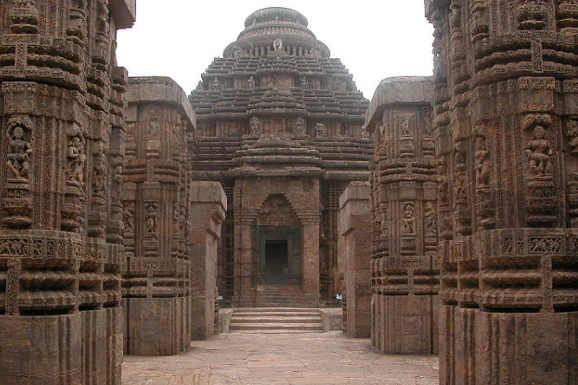 Il Tempio del Sole di Konarak in onore a Surya in India