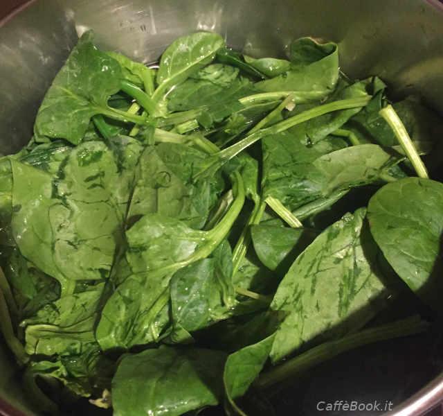 Preparazione della Ricetta Cannelloni senza Glutine ricotta e spinaci freschi 1