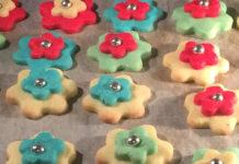 Biscottini di frolla colorati senza glutine