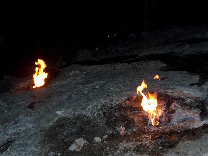 Le rocce che bruciano sul Monte Chimera o Yanartaş
