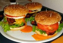 3 Doppio Cheesburger con Uovo e Bacon ricetta gustosa