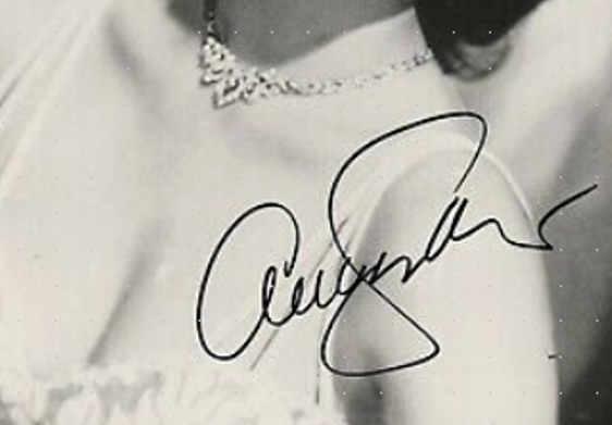 La grafia di Ava Gardner: la firma