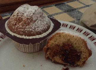 Muffin Senza Burro e Senza glutine morbidissimi con confettura di ciliegie
