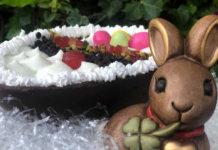 Uovo di Pasqua con crema di ricotta e Colomba