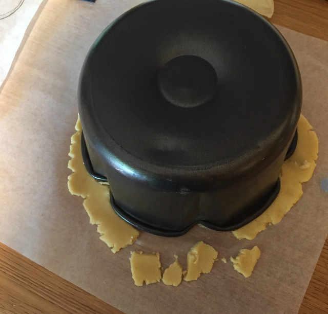 Smerlo per Crostata artisticaTopolino con ganache al cioccolato bianco