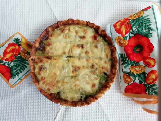 Ricetta della Torta salata di zucchine e funghi
