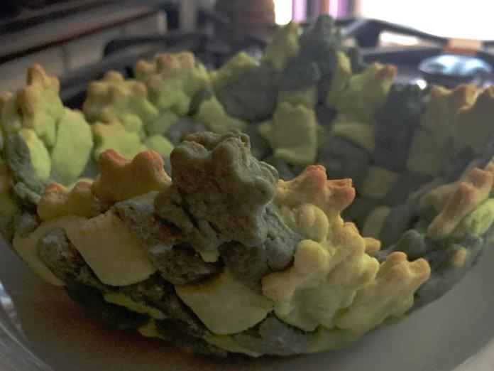 Cestino di frolla salata intrecciato con verdure gratinate