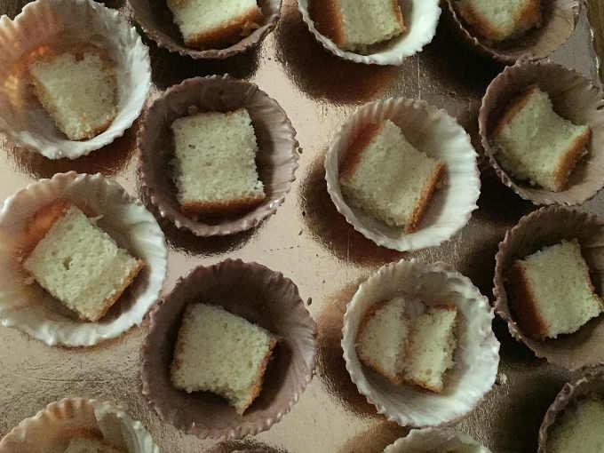 Quadratino di pan di Spagna senza glutine per Gelato cassata