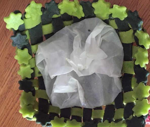 cestino di frolla intrecciato con stelline