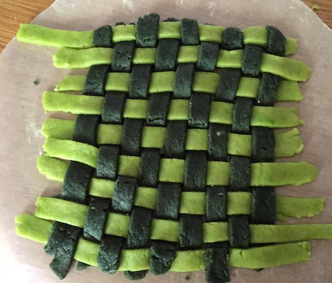 Intreccio per  Cestino di frolla salata con verdure gratinate
