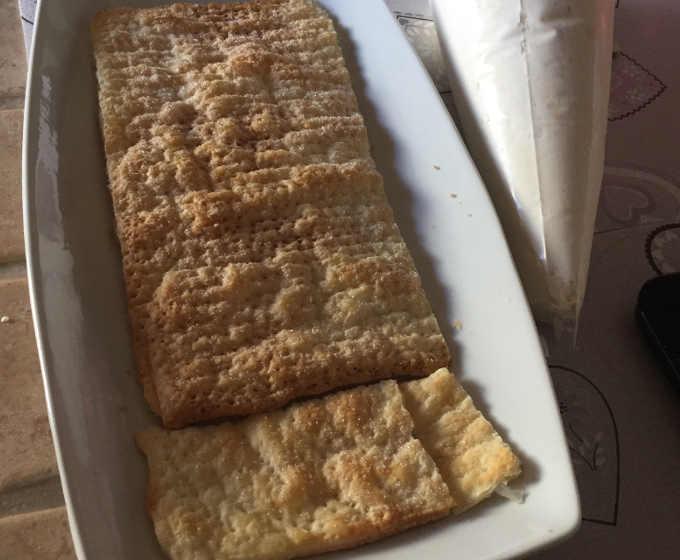 Assemblaggio torta diplomatica o veneziana senza glutine