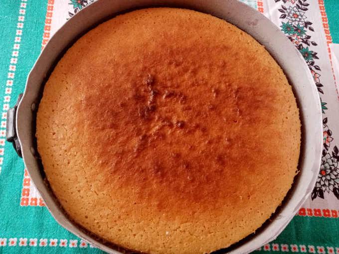 Torta semplice all'acqua cotta in forno