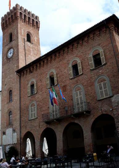18 Nizza Monferrato