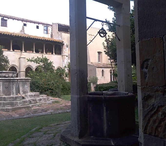 3 Interno del Monastero di Sant Jeroni de la Murtra di Badalona