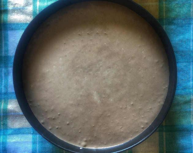 preparazione per la Torta con crema di pistacchio crema gianduia e decoro di frolla
