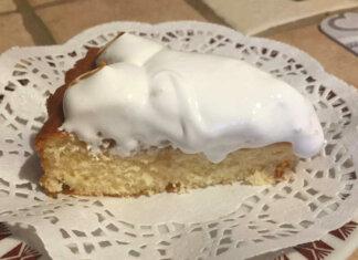 Crostata morbida con mele crema e meringa ricetta senza glutine