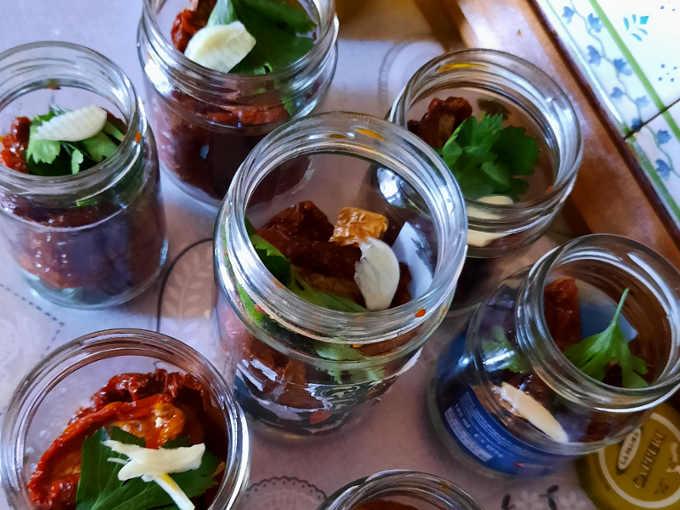 preparazione Pomodori secchi sott'olio ricetta buonissima
