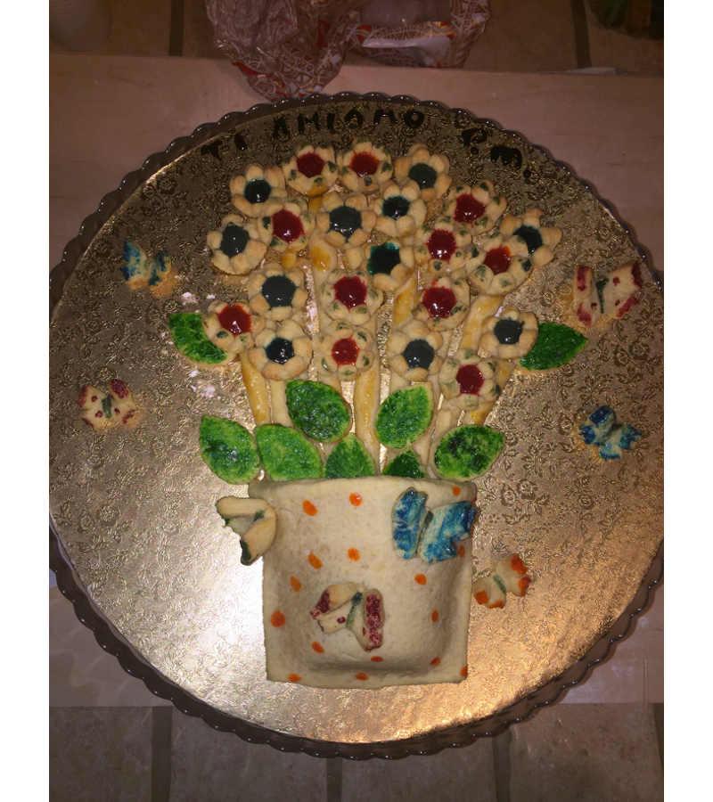 2 Crostata quadro vaso con fiori e farfalle ricetta senza glutine